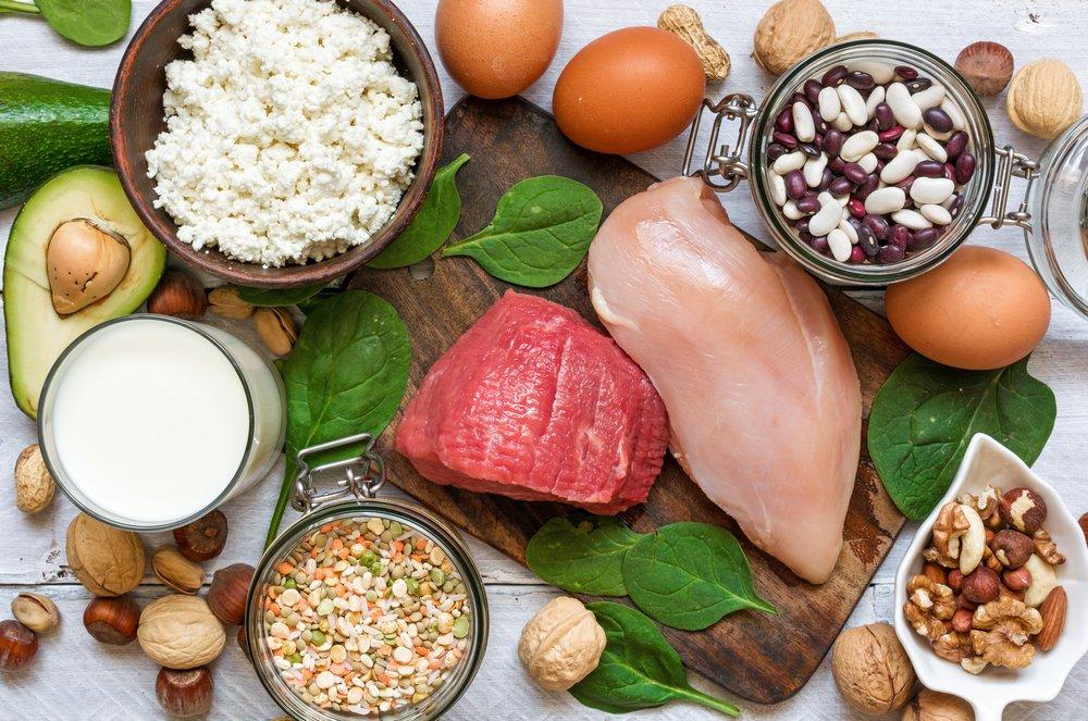 Was sind die besten günstigen Proteinquellen? Hole mit unserer Top 15 das Beste für dein Geld.