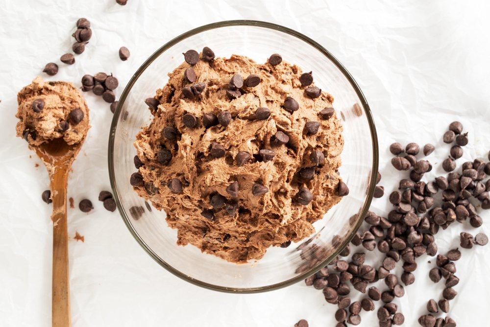 Cookie Dough Vegan Riche en Protéines… Avec un Ingrédient Secret !